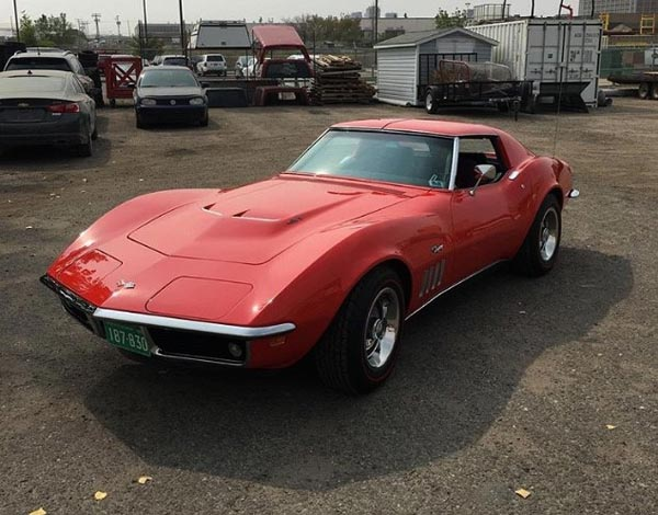 Red Classic Corvette